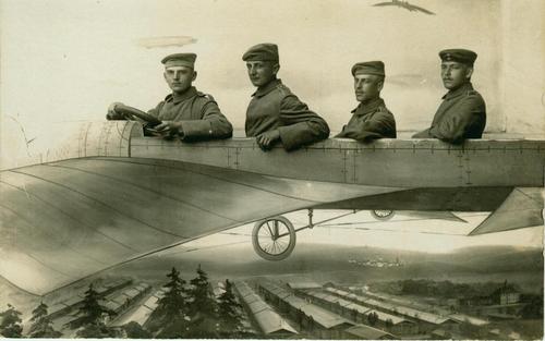 Männer im Flugzeug