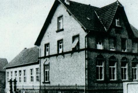 Foto des alten Schulhauses