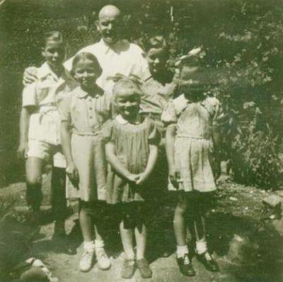 Mann mit 5 Kindern