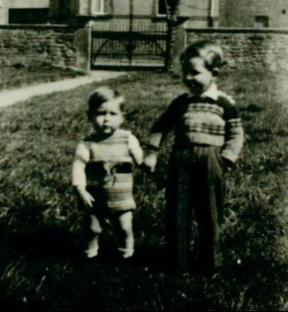 Drei kleine Kinder