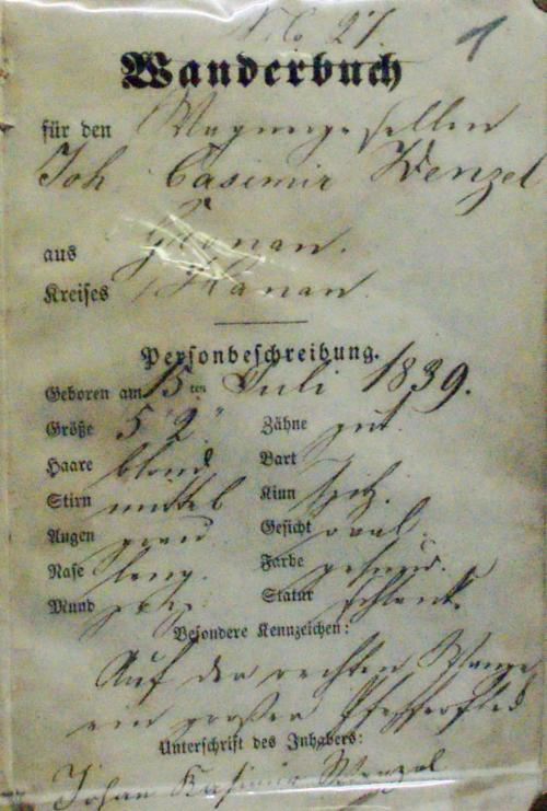 Foto eines alten Wanderbuchs